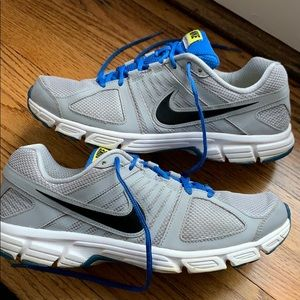 Nike Downshifter 5 Running Shoes